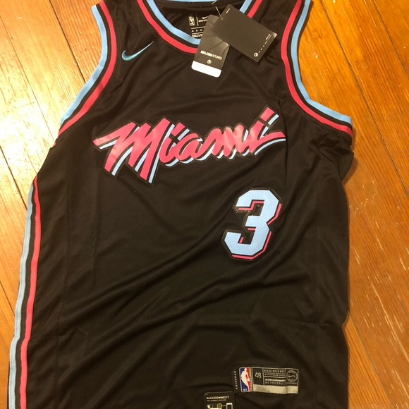 buy online 1aed4 741c7 Dwyane Wade Miami Vice Jersey NWT